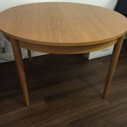 120cm diameter dining table with removable legs